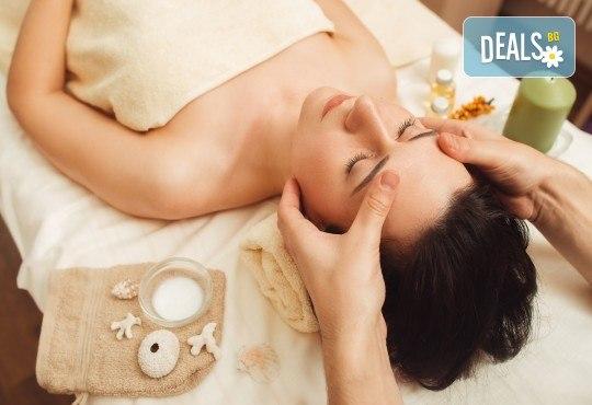 Терапия Dreams! Масаж на цяло тяло и рефлексотерапия с бамбук от Тайланд и индийски точков масаж на главата при кинезитерапевт от Филипините в Senses Massage & Recreation - Снимка 1