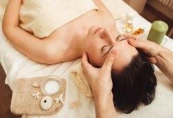 Терапия Dreams! Масаж на цяло тяло и рефлексотерапия с бамбук от Тайланд и индийски точков масаж на главата при кинезитерапевт от Филипините в Senses Massage & Recreation - Снимка