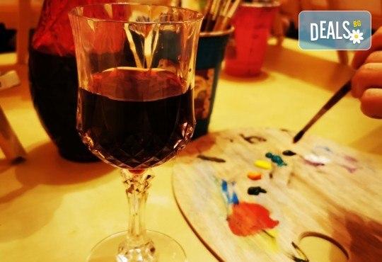 Настроение и изкуство! 3 часа арт занимания по избор и чаша вино в Арт школа Слънчеви приказки - Снимка 7