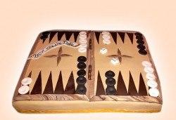 С доставка през март и април! Торта за мъже с индивидуален дизайн и размери по избор от Сладкарница Джорджо Джани - Снимка
