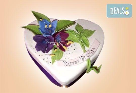 С доставка през април, май и юни! АМОРЕ: подарете Торта Сърце по дизайн на Сладкарница Джорджо Джани - Снимка 14