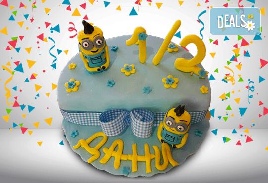 С доставка през март и април! Торта за бебе: детска фигурална торта 1/2 за бебоци на шест месеца от Сладкарница Джорджо Джани - Снимка 2