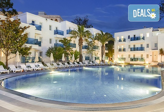 Ранни записвания за почивка в хотел Le Blue 5*, Кушадасъ, Турция! 7 нощувки на база All Inclusive, възможност за транспорт - Снимка 1