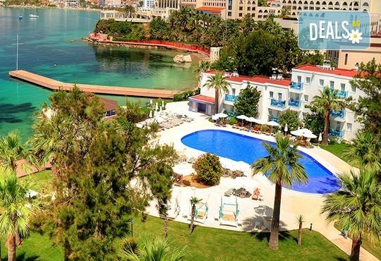 Ранни записвания за почивка в хотел Le Blue 5*, Кушадасъ, Турция! 7 нощувки на база All Inclusive, възможност за транспорт - Снимка 2