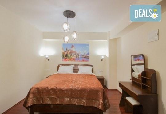Екскурзия за Великден или през май до Охрид! 3 нощувки със закуски в Hotel International 4*, транспорт, екскурзовод и програма в Скопие - Снимка 13