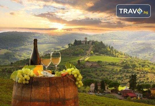 Романтика в Тоскана през май или септември! 5 нощувки със закуски, транспорт, билет за о. Елба и дегустация на вино в Монтепулчано - Снимка 1