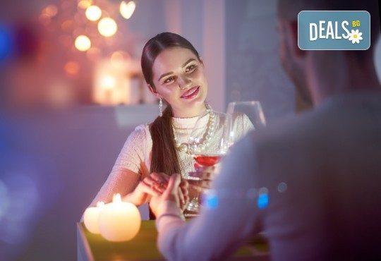 Специално предложение за Свети Валентин! Романтична вечеря за двама с изискано меню в Скай Бар Грами на 14-ти февруари - Снимка 1