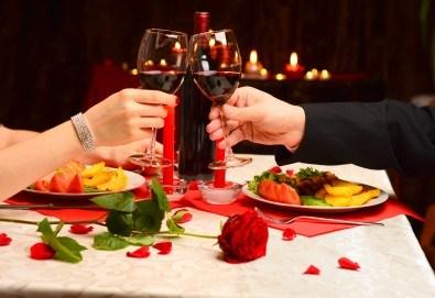 За Свети Валентин и Трифон Зарезан - уикенд в Етно село Срна, Сърбия! 2 нощувки със закуски, 2 празнични вечери, посещение на Темски манастир и пазара в Пирот - Снимка
