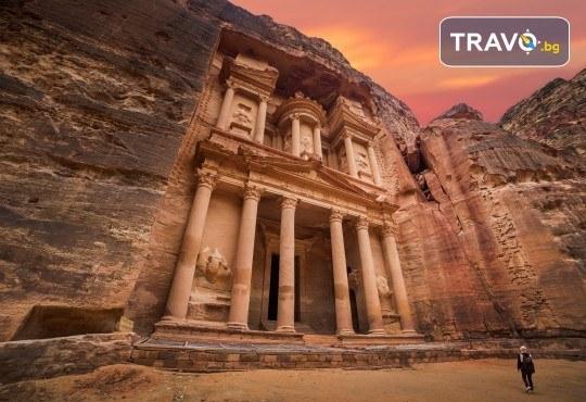 Екскурзия до Йордания през март! 4 нощувки със закуски и вечери в хотел 3*/4*, самолетен билет и трансфери, посещение на Петра и джип сафари в пустинята Вади Рум - Снимка 2