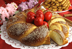 Великден в Паралия Катерини! 2 нощувки със закуски в хотел 2*/3*, транспорт, обиколка на Солун и посещение на Мелник - Снимка