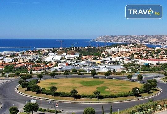 Пролетна екскурзия до Барселона, Лигурската ривиера, Ница, Кан и Марсилия! 4 нощувки с 5 закуски и 3 вечери, самолетен билет и транспорт с автобус, водач от Луксъри Травел - Снимка 9