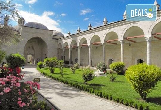Екскурзия до Одрин и Чорлу, Турция, с АБВ Травелс! 1 нощувка със закуска, транспорт, посещение на Синия пазар и Margi Outlet - Снимка 4