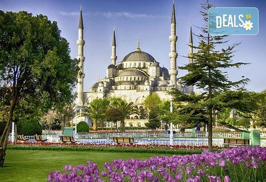 За Великден и Фестивала на лалето в Истанбул! 3 нощувки със закуски, транспорт, посещение на Одрин - Снимка 1