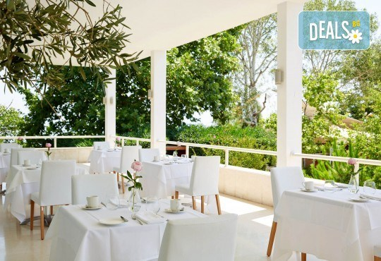 Луксозен уикенд през март в Кавала! 1 нощувка със закуска и вечеря в Lucy Hotel 5*, транспорт и екскурзовод - Снимка 4