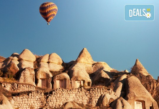 Ранни записвания само до 31.01.! 7 нощувки със закуски и вечери в хотели 4* в Кападокия, Истанбул и Анталия, самолетен билет и транспорт с автобус - Снимка 1