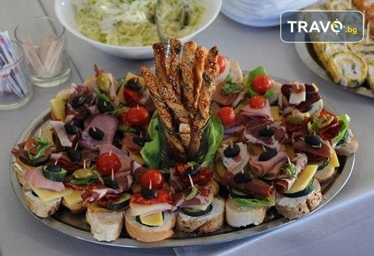 Отпразнувайте 8-ми март в Hotel Bavka 3* в Лесковац! 1 нощувка със закуска и празнична вечеря, със собствен или организиран транспорт - Снимка 8