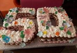 С доставка през април, май и юни! Винтидж торта с 3D цифри и размер по избор от Сладкарница Джорджо Джани - Снимка