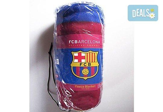 За Вашия малчуган! Поларено детско одеяло в красивите цветове на ФК Барселона от Спално бельо - Снимка 1