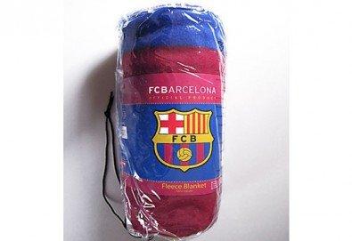 За Вашия малчуган! Поларено детско одеяло в красивите цветове на ФК Барселона от Спално бельо - Снимка