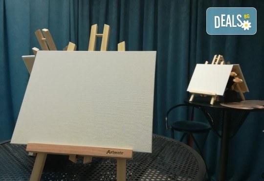 """""""Зимна нощ""""! 3 часа рисуване с вино на 6-ти февруари (четвъртък) от 19 часа - рисуване на картина + чаша вино под инструкциите на професионален художник в Пух арт студио - Снимка 2"""