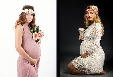 60-минутна фотосесия за бременни в студио с включени аксесоари, дрехи и ефекти + обработка на всички заснети кадри, от Chapkanov photography - Снимка