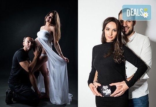 60-минутна фотосесия за бременни в студио с включени аксесоари, дрехи и ефекти + обработка на всички заснети кадри, от Chapkanov photography - Снимка 14