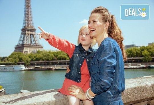 Екскурзия за Деня на детето в Дисниленд! 3 нощувки със закуски, самолетен билет, трансфери, водач и бонус: обиколка на Париж - Снимка 6