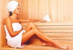 2 часа релакс със СПА пакет: 1 час сауна и 1 час масаж на цяло тяло в център Beauty and Relax във Варна - Снимка