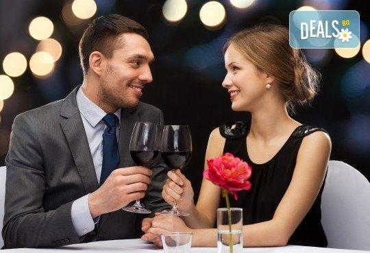 Подарете си за Свети Валентин уикенд в Бела паланка! 1 нощувка със закуска и празнична вечеря, транспорт, посещение на Цариброд и Пирот - Снимка 1