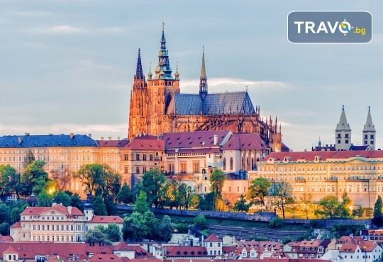 Великден в Златна Прага! 4 нощувки със закуски в Hotel Royal Prague 4*, самолетен билет и трансфери, пешеходни обиколки с екскурзовод на български - Снимка 4