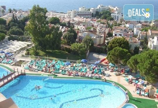Почивка на супер цена през юни в Sea Pearl Hotel 4*, Кушадасъ! 7 нощувки на база All Inclusive, възможност за транспорт - Снимка 1