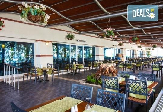 Ранни записвания за почивка през септември или октомври в Otium Sealight Resort 5* (ex. Sea Light Hotel 5*) в Кушадасъ! 7 нощувки на база All Inclusive, възможност за транспорт - Снимка 5