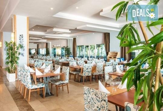 Ранни записвания за почивка през септември или октомври в Otium Sealight Resort 5* (ex. Sea Light Hotel 5*) в Кушадасъ! 7 нощувки на база All Inclusive, възможност за транспорт - Снимка 4