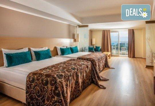 Ранни записвания за почивка през септември или октомври в Otium Sealight Resort 5* (ex. Sea Light Hotel 5*) в Кушадасъ! 7 нощувки на база All Inclusive, възможност за транспорт - Снимка 3