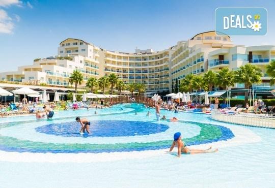 Ранни записвания за почивка през септември или октомври в Otium Sealight Resort 5* (ex. Sea Light Hotel 5*) в Кушадасъ! 7 нощувки на база All Inclusive, възможност за транспорт - Снимка 1