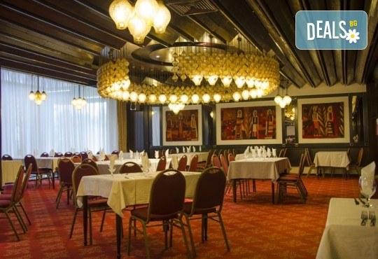 Екскурзия за 8-ми март до Скопие! 1 нощувка със закуска в Hotel Continental 4*, транспорт и екскурзоводско обслужване - Снимка 9