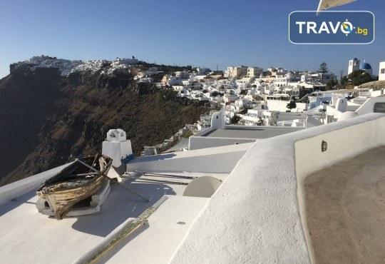 Посрещнете Великден на романтичния остров Санторини! 4 нощувки със закуски в хотел 3*, транспорт и водач от Данна Холидейз - Снимка 13