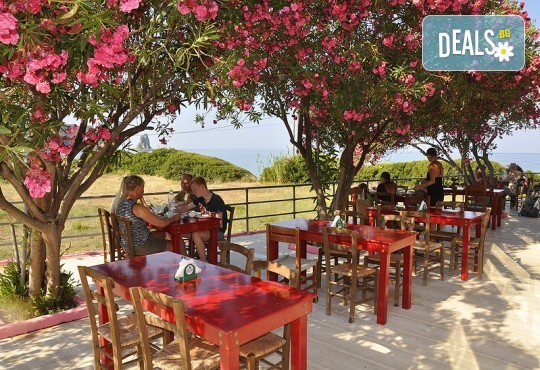 Ранни записвания за почивка на остров Корфу! 4 нощувки със закуски и вечери в Pink Palace Beach Resort, транспорт и водач от Данна Холидейз - Снимка 13