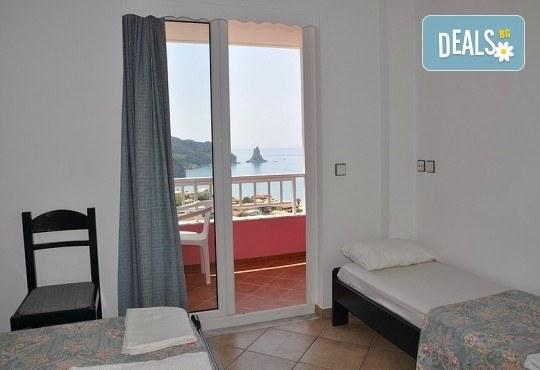 Ранни записвания за почивка на остров Корфу! 4 нощувки със закуски и вечери в Pink Palace Beach Resort, транспорт и водач от Данна Холидейз - Снимка 11