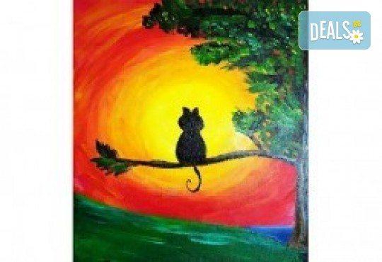 Серия картини Пълнолуние и На слънце! Рисуване на една или две картини /серия/ + чаша вино в творческа среда и много приятели в Пух арт студио - Снимка 2