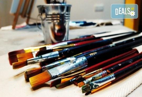 Серия картини Пълнолуние и На слънце! Рисуване на една или две картини /серия/ + чаша вино в творческа среда и много приятели в Пух арт студио - Снимка 11