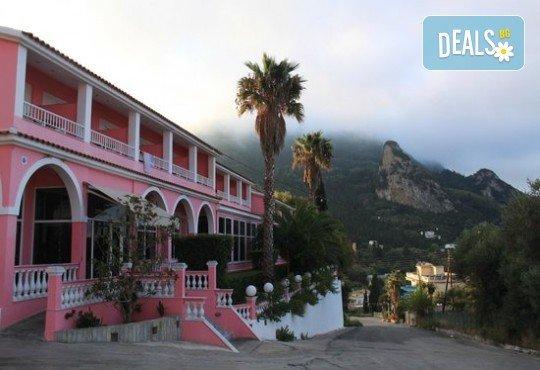 Посрещнете Великден на остров Корфу! 4 нощувки със закуски и вечери в Pink Palace Beach Resort, транспорт и водач от Данна Холидейз - Снимка 8