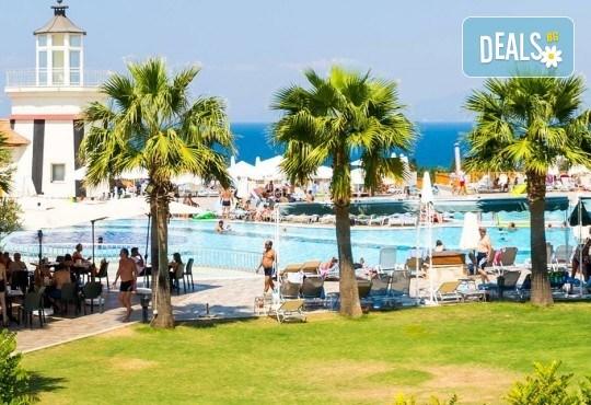 Лятна почивка в Кушадасъ, Турция! 5 или 7 нощувки на база Ultra All Inclusive в Otium Sealight Resort (Sealight Resort Hotel) 5*, възможност за транспорт - Снимка 6
