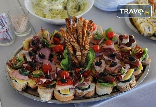 Купон за 8-ми март в Лесковац, Сърбия! 1 нощувка със закуска и гала вечеря с богато меню и неограничени напитки в Hotel Bavka 3*, транспорт по избор - Снимка 10