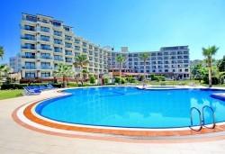 Ранни записвания за лятна почивка в L'Ambilance Royal Palace Hotel 4*, Кушадасъ! 7 нощувки на база All Inclusive, възможност за транспорт - Снимка