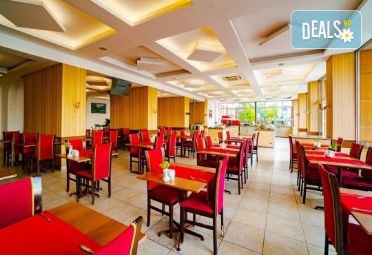 Ранни записвания за лятна почивка в L'Ambilance Royal Palace Hotel 4*, Кушадасъ! 7 нощувки на база All Inclusive, възможност за транспорт - Снимка 6