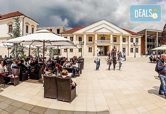 Екскурзия за Цветница до приказния свят на Кустурица! 1 нощувка със закуска във Вишеград, транспорт, посещение на Каменград и Дървенград - Снимка 8