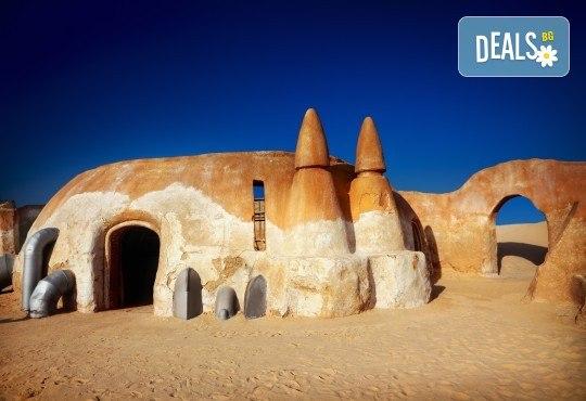 Ориенталска приказка в Тунис! 7 нощувки със 7 закуски, 7 вечери и 4 обяда, самолетен билет и чекиран багаж, богата програма с екскурзовод на български - Снимка 2