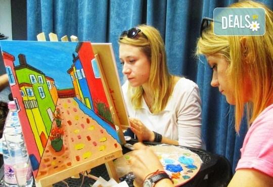 В цветовете на любовта! Рисуване и вино: картина с акрил, метод стъпка по стъпка + чаша вино в Пух арт студио - Снимка 9