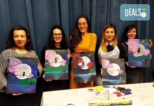 В цветовете на любовта! Рисуване и вино: картина с акрил, метод стъпка по стъпка + чаша вино в Пух арт студио - Снимка 16